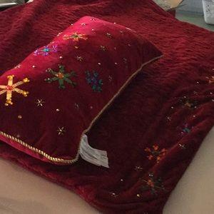 Disney velvet throw and pillow